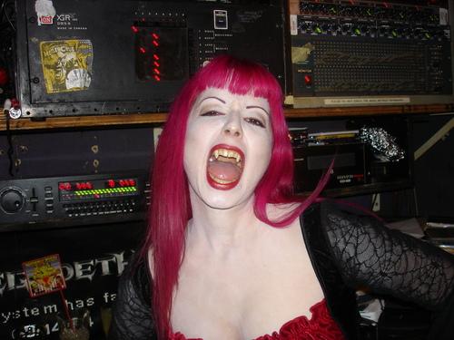 DJ Shannon at Halloween 2006